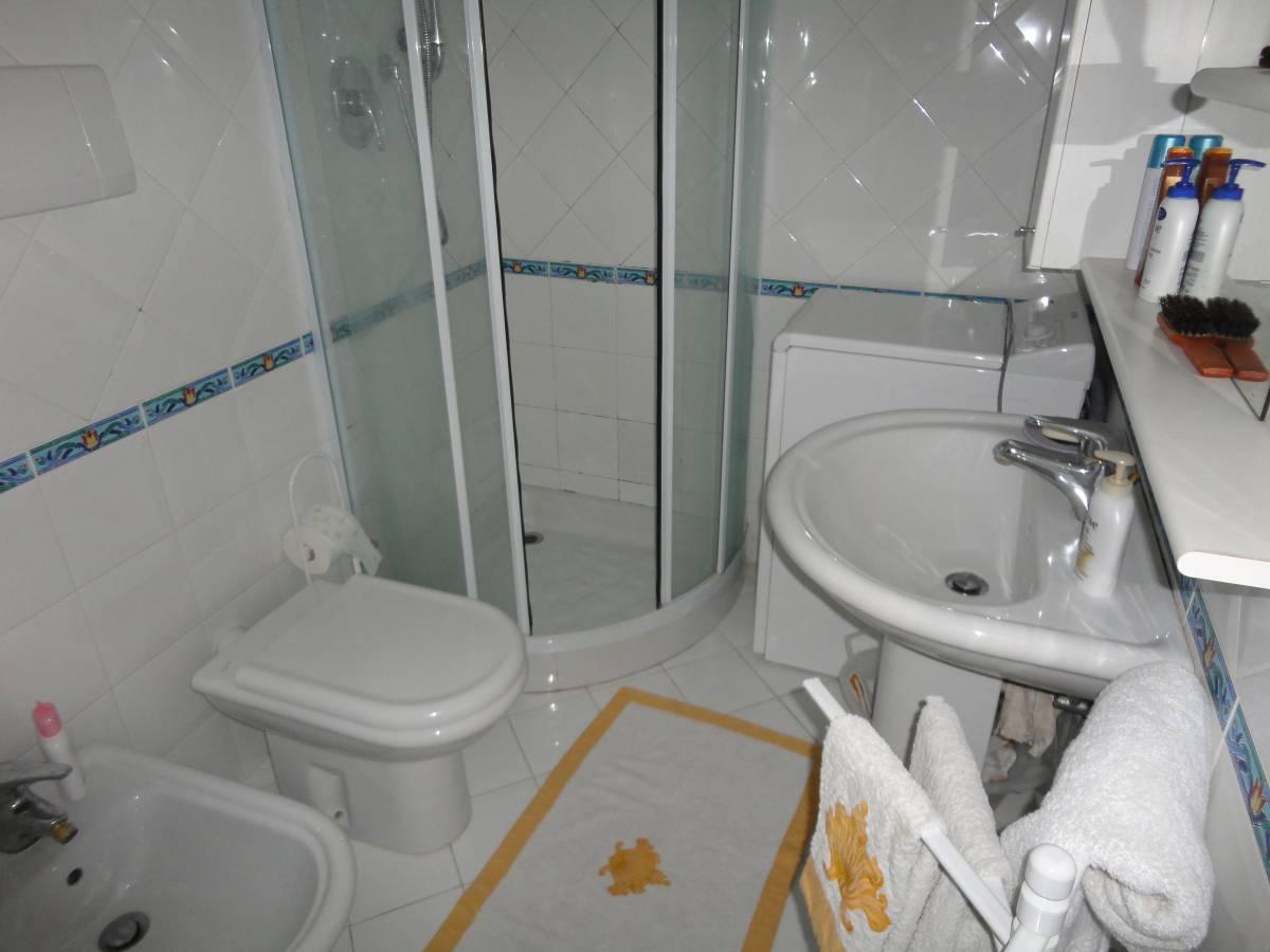 Jesolo Lido Condominio Fronte Mare: Condominio Fronte Mare Appartamento Con Spaziosa Terrazza